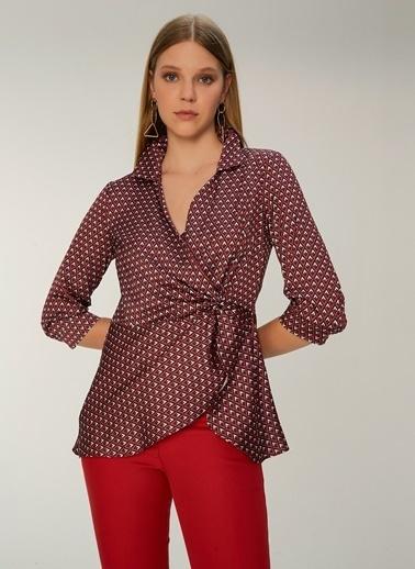 NGSTYLE Desenli Kruvaze Bluz Kırmızı